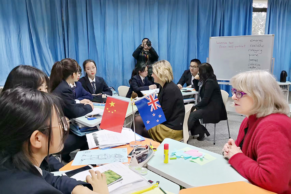 做现代职业教育人才培养先行者,上海市浦东外事服务学校:高素质外事服务职业人的摇篮