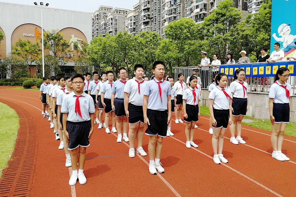 上外尚阳学校:酷暑中挑战 训练中拼搏