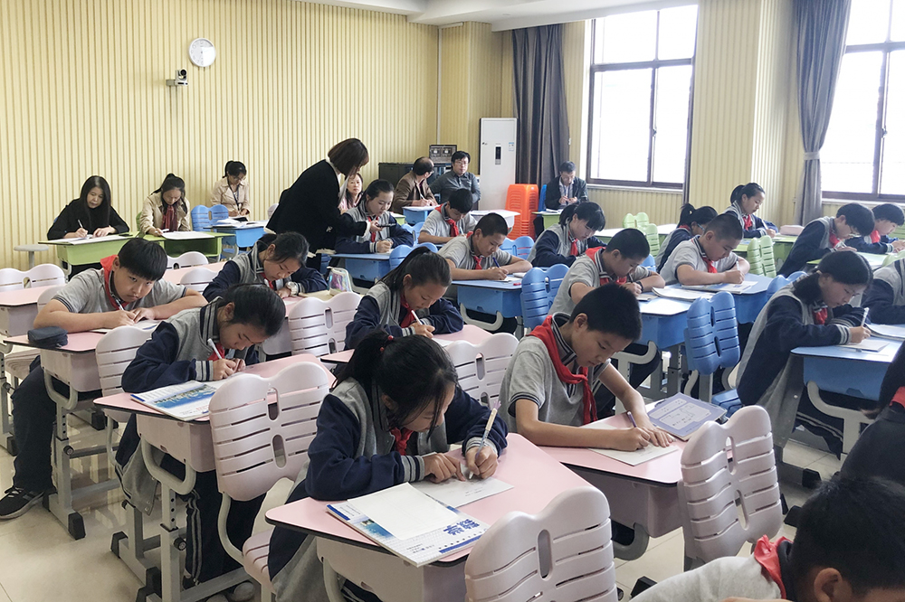 金卫中学:探索问题解决教学 关注学生学习进程