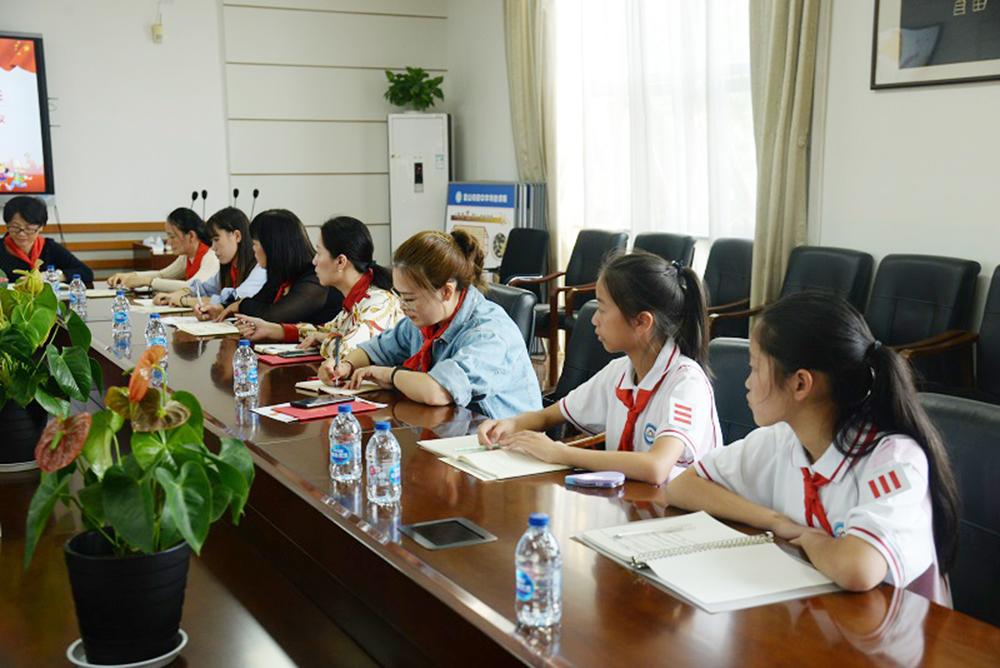 第二届少先队上海市金山初级中学工作委员会成立仪式