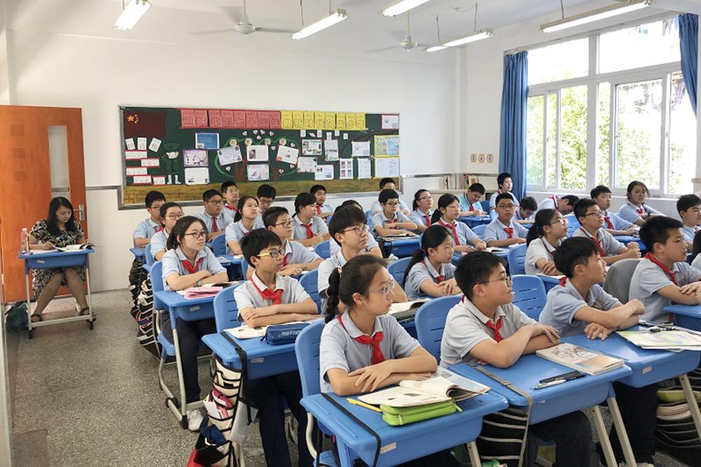 上外尚阳学校初中部接受普陀区教育学院视导