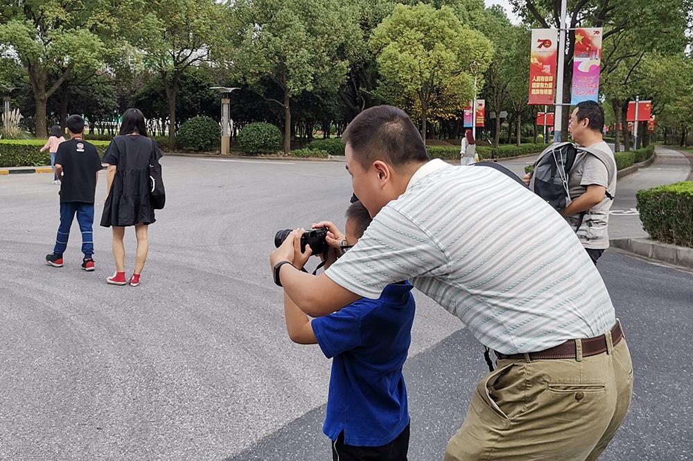 """东华附校:""""我为松江代言""""摄影采风活动——走进上海视觉艺术学院"""