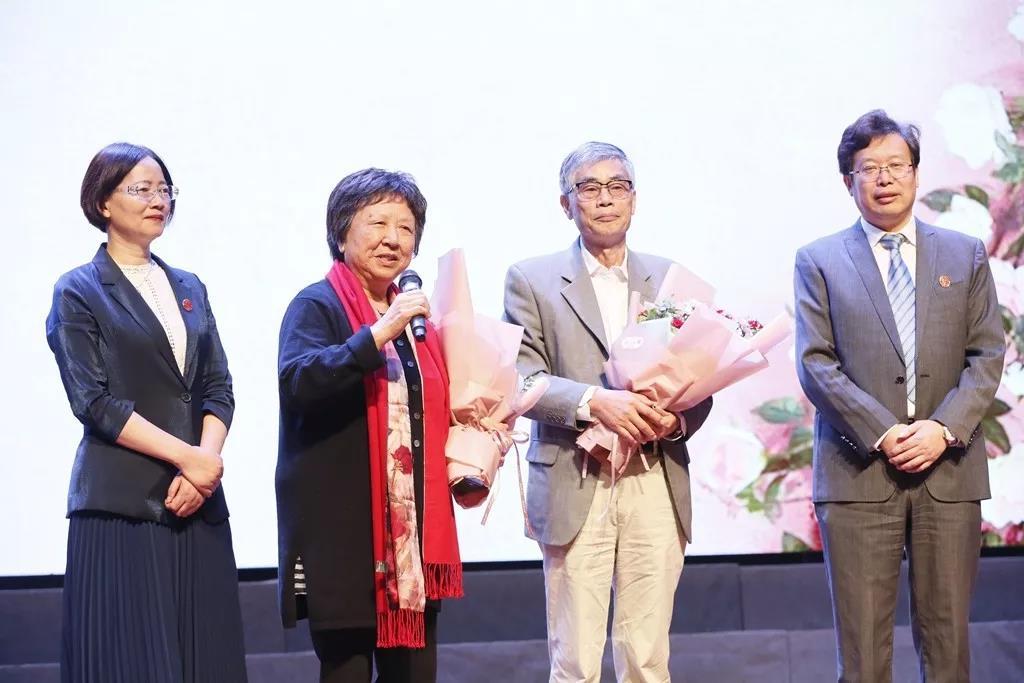 奉贤中学举行79届/89届校友返校活动暨105周年校庆