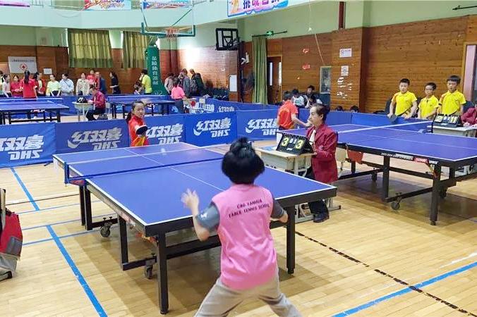 钱圩小学参加上海市学生阳光体育大联赛乒乓球比赛