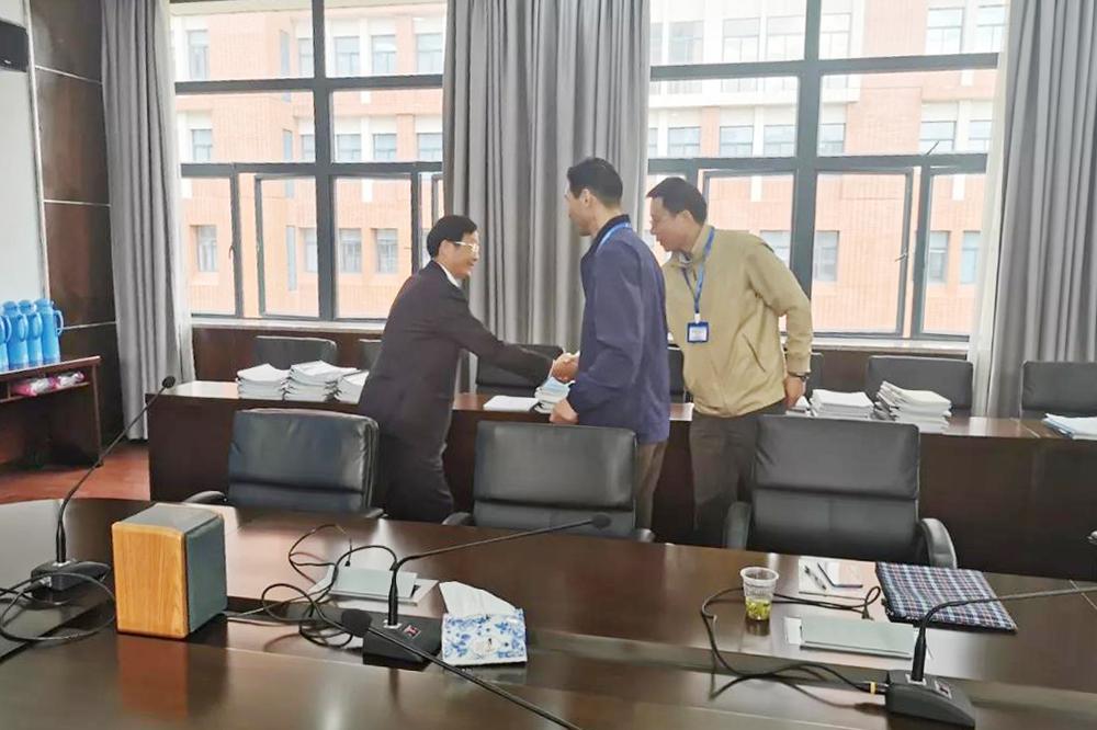 奉贤中学开展上海市体育专项化课程评估工作