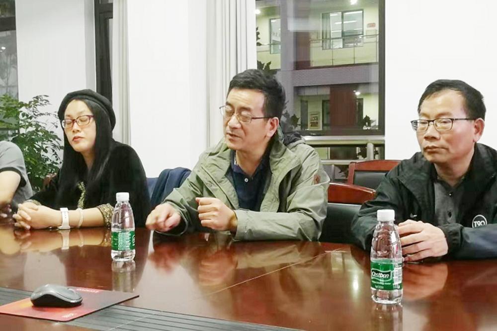 福建省厦门市第六中学教师到曙光中学交流访问