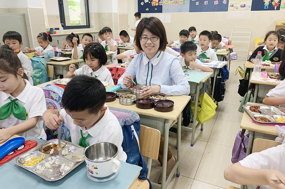 聚焦关键因素 夯实安全底线 推进健康育人——沪打造校园食品安全管理新格局