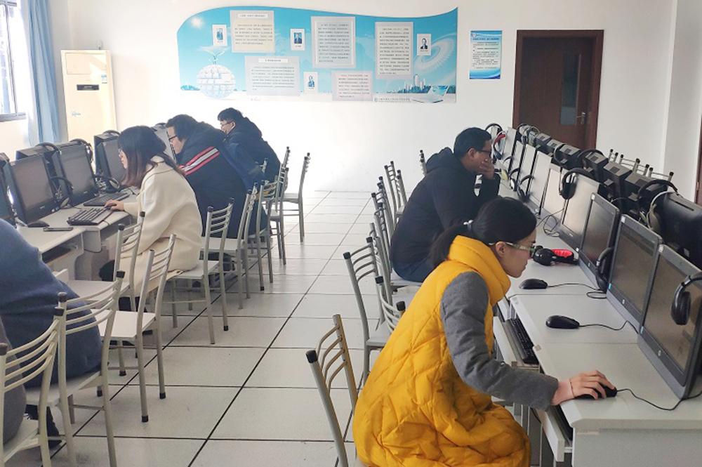 上海外国语大学尚阳外国语学校迎接2019年年终调研