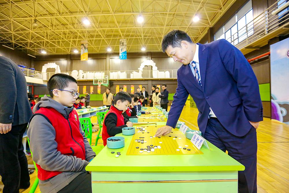 星耀校园体育 飞扬青春梦想—— 上海举办体育明星进校园系列活动