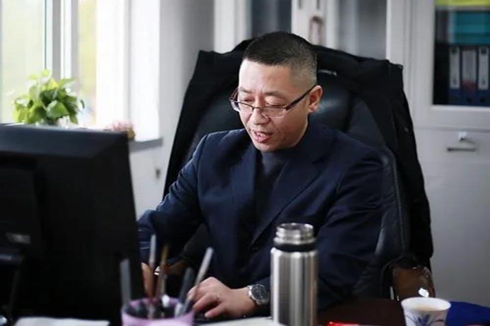 奉贤中等专业学校思政教研组开展网络教学