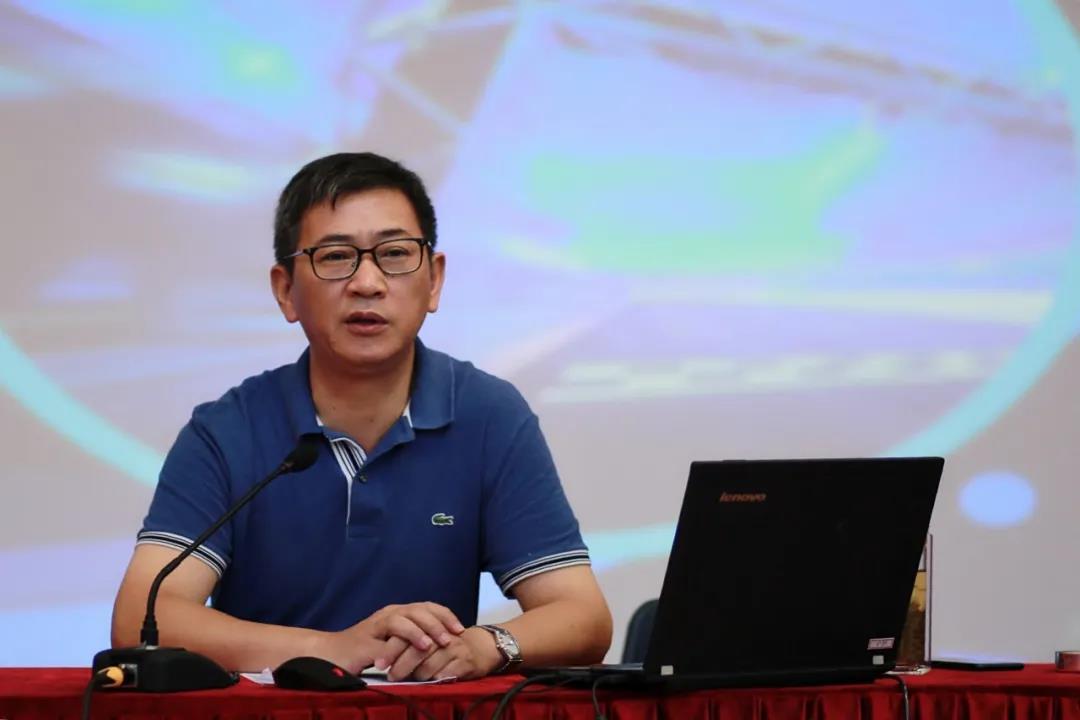 奉贤中等专业学校开展2020年暑假教职工全员培训
