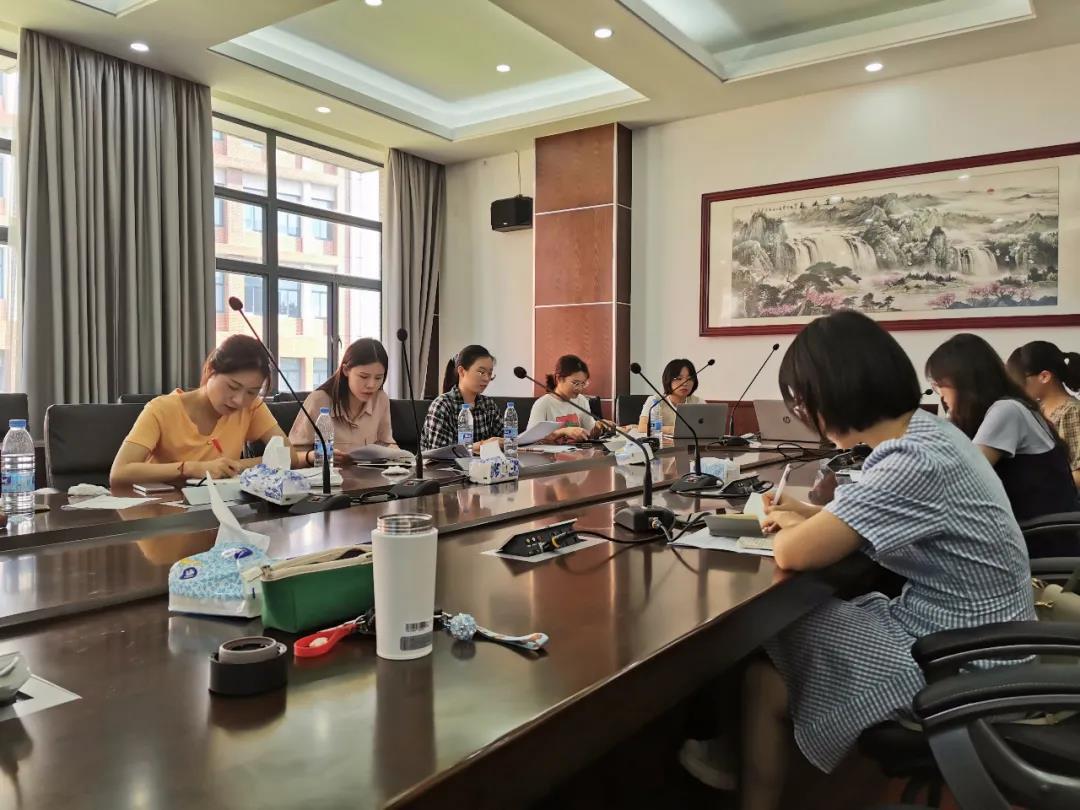 奉贤中学2020年新教师德育培训圆满结束