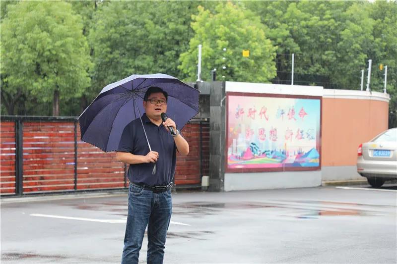 """钱圩中学举行纪念""""9·18""""防空、防灾疏散演练"""